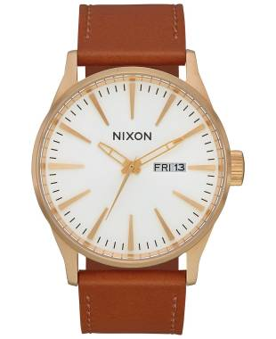 Nixon Men's Quartz Watch A1052621-00